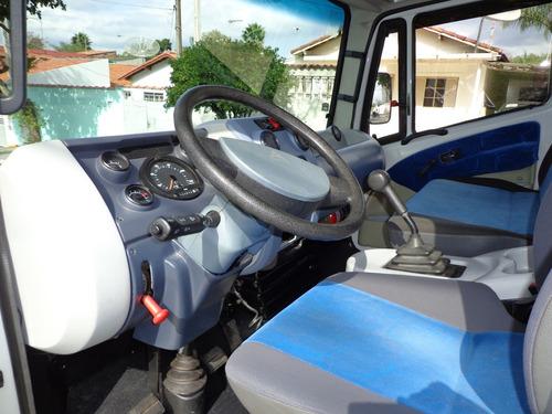 agrale 9200 caminhão