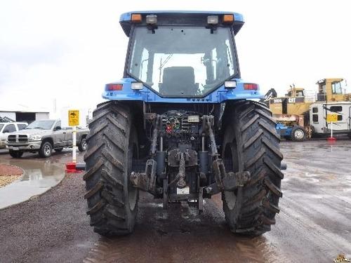 agrícola tractor maquinaria