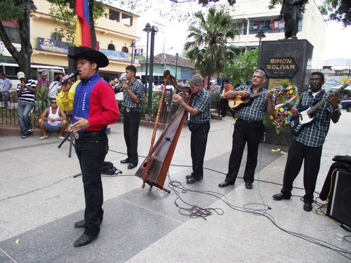 agrupacion de musica llanera,serenata llanera a talento vivo