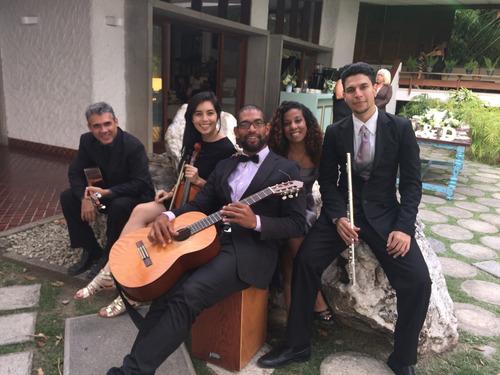agrupación musical: boleros,serenata,instrumental, parrandas
