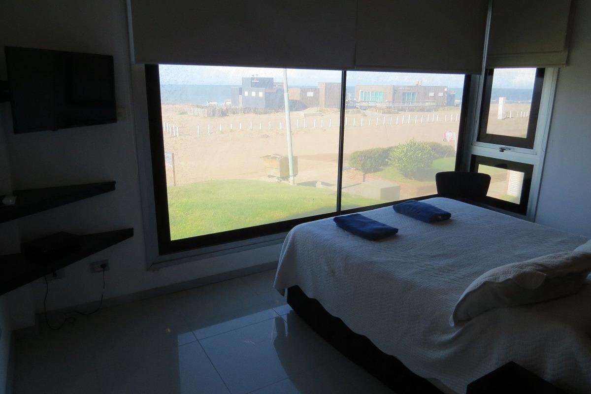 agua viva-4 ambientes-frente al mar-amenities-cochera-baulera