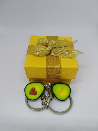 aguacates llaveros mitades corazon pareja caja de regalo bff