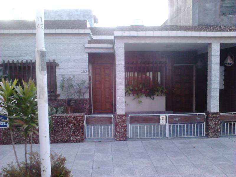 agustin de elia 100 - ramos mejía - casas casa - venta