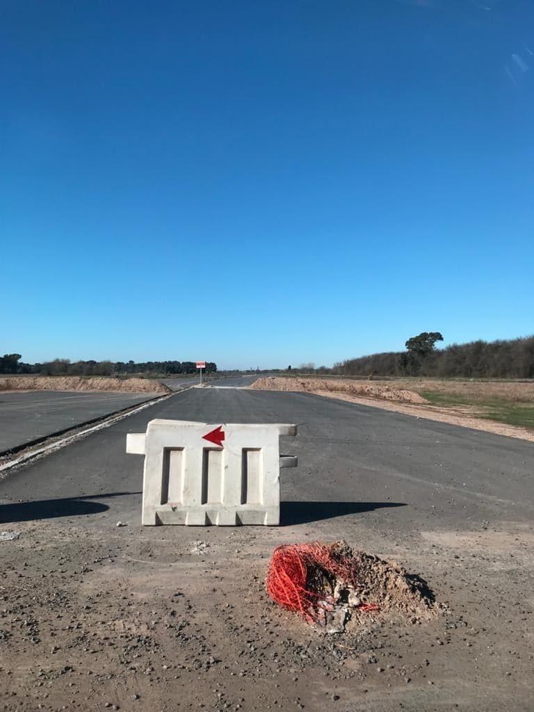 agustin ferrari lotes - proximos autopista camino buen ayre!