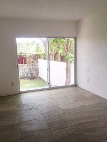 ahuatepec casa nueva y muy amplia en condominio, escriturada
