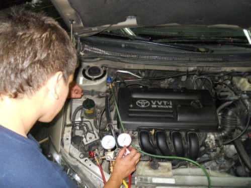 aire acondicionado del automóvil reparación y carga