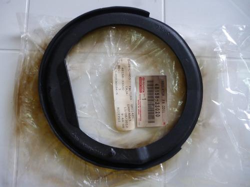 aislador soporte bobina delt inf rh camry sxv10 4815833020