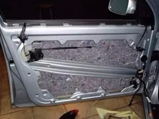 aislante antiruido acustico termico fieltro auto aluminio
