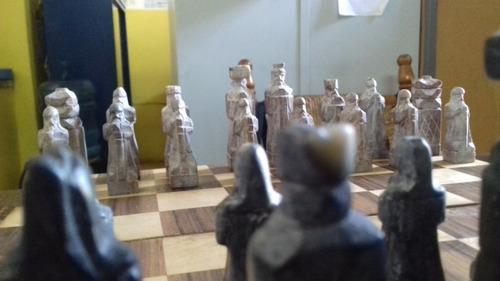ajedrez en piedra con tablero de madera precio oportunidad