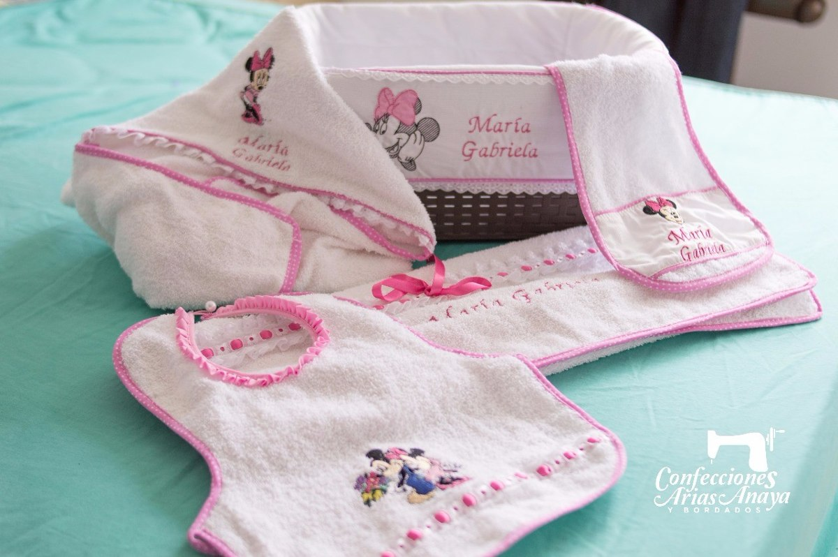 Ajuar Personalizado Bebes Con Toallas 2dee38302b18