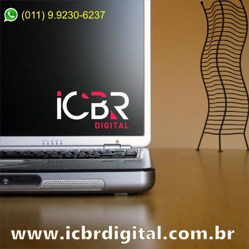 ajudamos pequenas e médias empresas com o marketing digital.