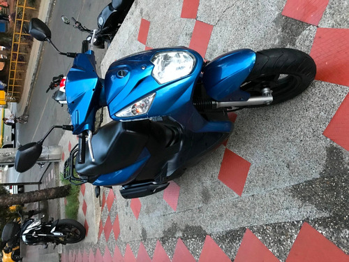 akt dynamic 125 - se vende motocicleta