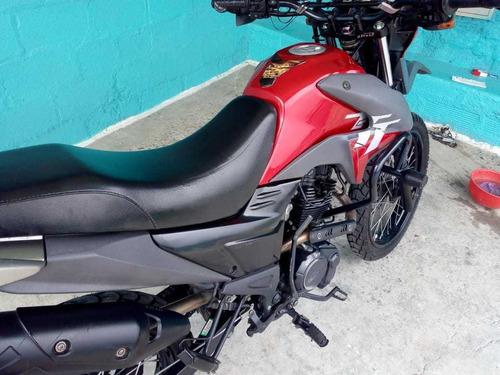 akt ttr 125 cc ( convertida en 150 cc) roja