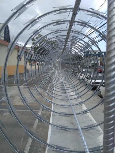 alambre de trinchera instalado