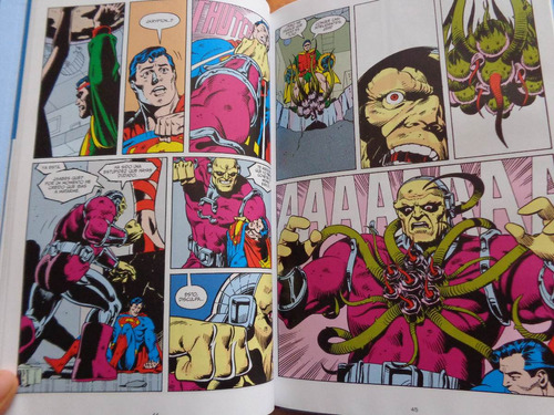 alan moore grandes autores de superman novela gráfica comics