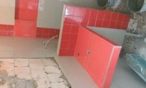 albañil, oficial y reformas baños, cocinas y casas en gral