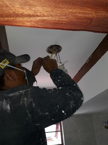 albañil, plomero, pintor, electricidad en construcción