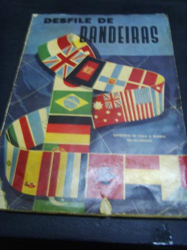 álbum de figurinhas - desfile de bandeira - bandeiras do...