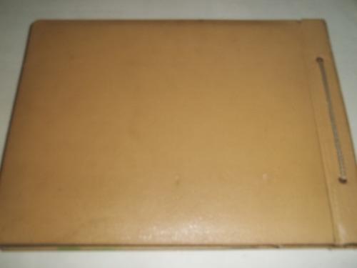 álbum para fotos cartona antigo com pintura cena do rio