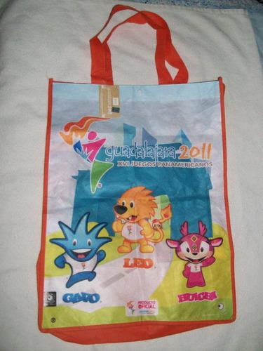 alcancia y bolsa de las mascotas de los juegos panamericanos