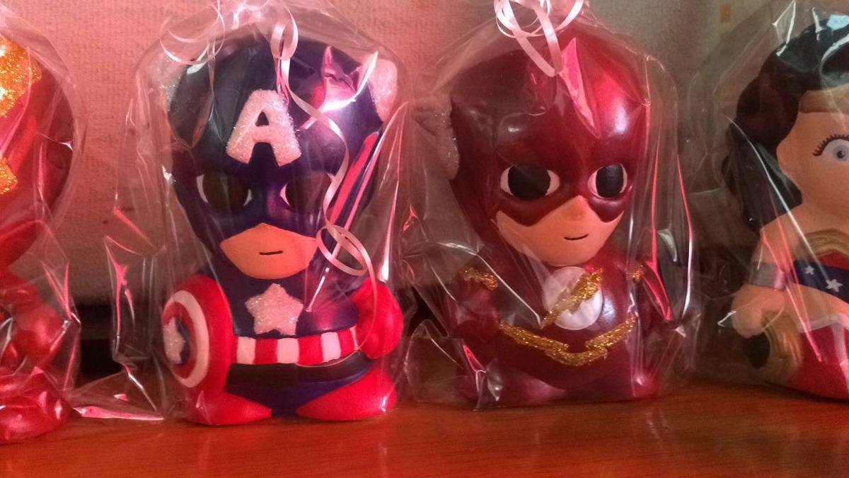 Alcancias figuras de ceramica de super heroes avengers for Como pintar jarrones de ceramica
