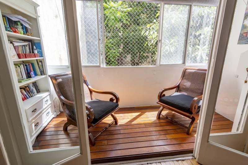 alegre 3 ambientes a jardín, luz y sol!