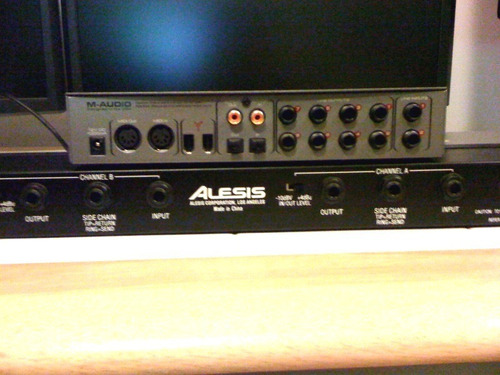 alesis 3630 compressor gate limited