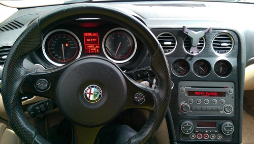 alfa romeo 159 2.2 jts 2011 negro 5 puertas