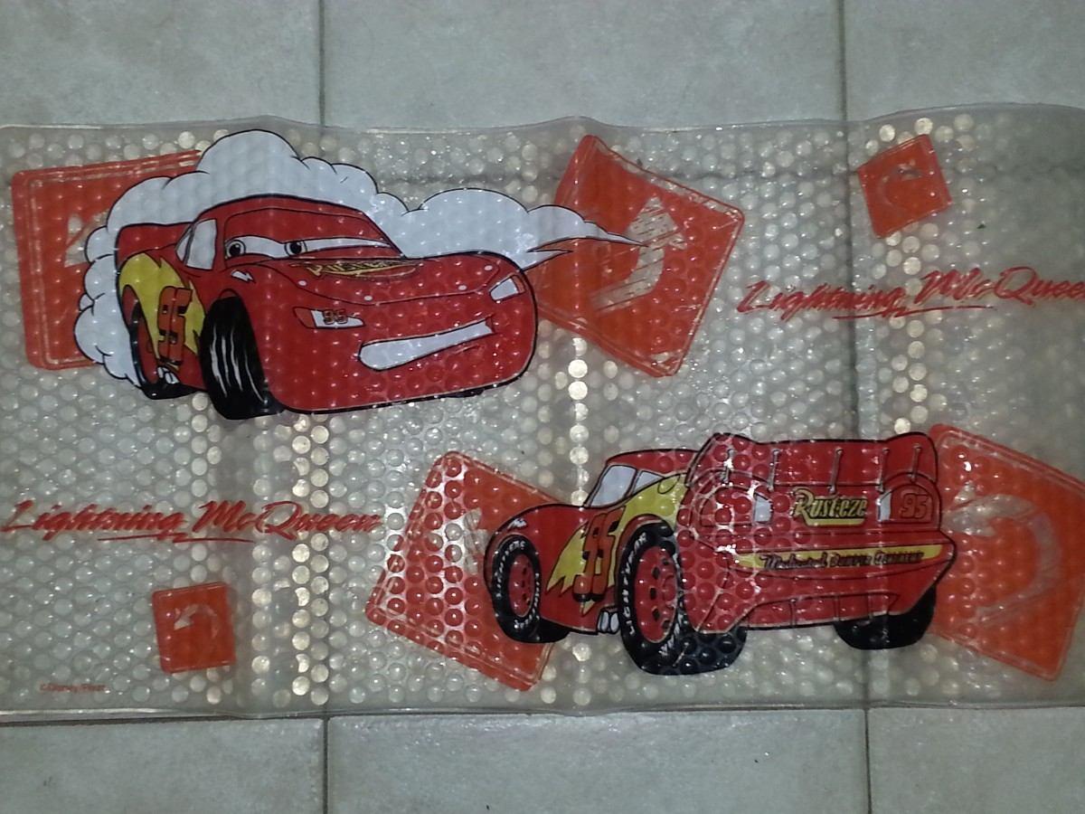 Alfombra antideslizante para el ba o de cars disney pixar for Alfombra bano infantil