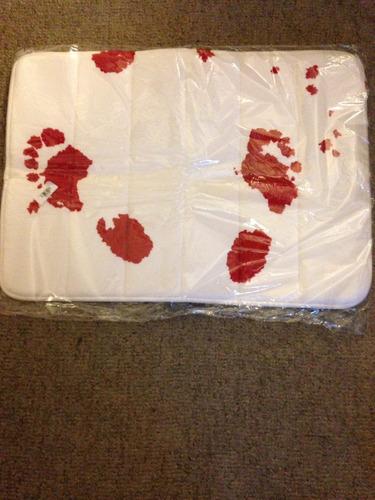 alfombra baño, pies sangrientos nueva!