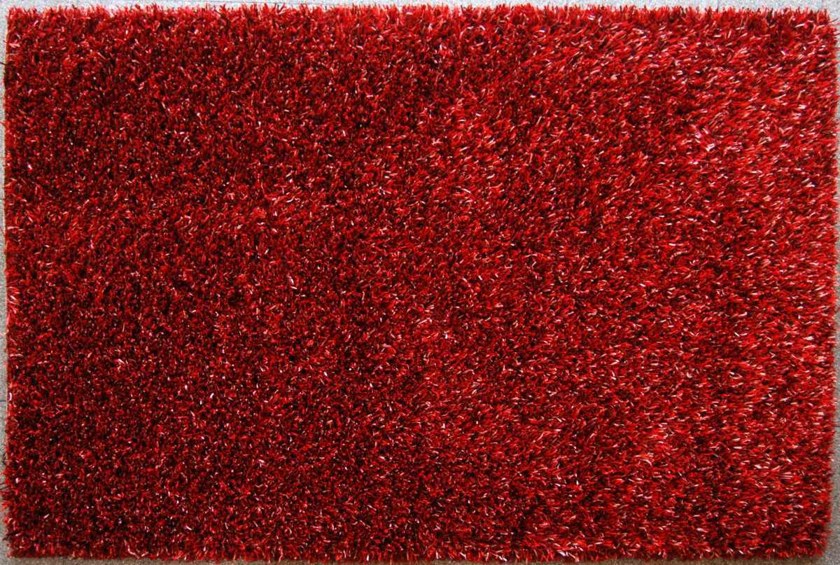 Alfombra roja de pelo largo
