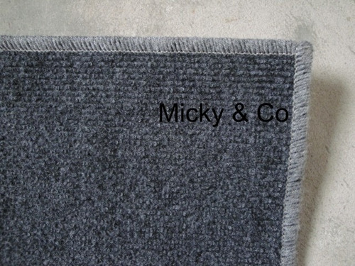 alfombra de 2 x 2 terminada varios colores sintética