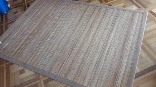 alfombra en tiras de madera