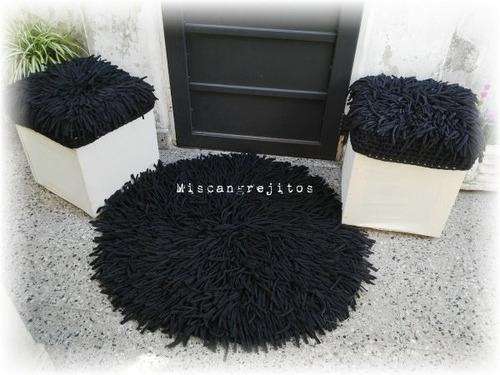 alfombra flecos . 1 metro de diámetro