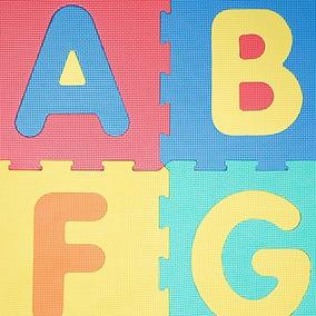 57bd178a050 Alfombra Goma Eva De Letras Y Numeros - Artículos para Bebés en Mercado  Libre Argentina