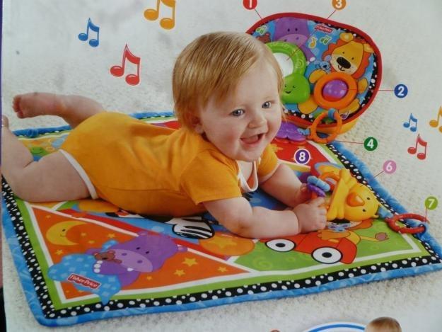 Alfombra manta y gimnasio musical 2en1 de fisher price - Alfombras para bebe ...