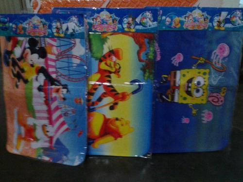 alfombra para niños decoración bob esponja, pooh, micke