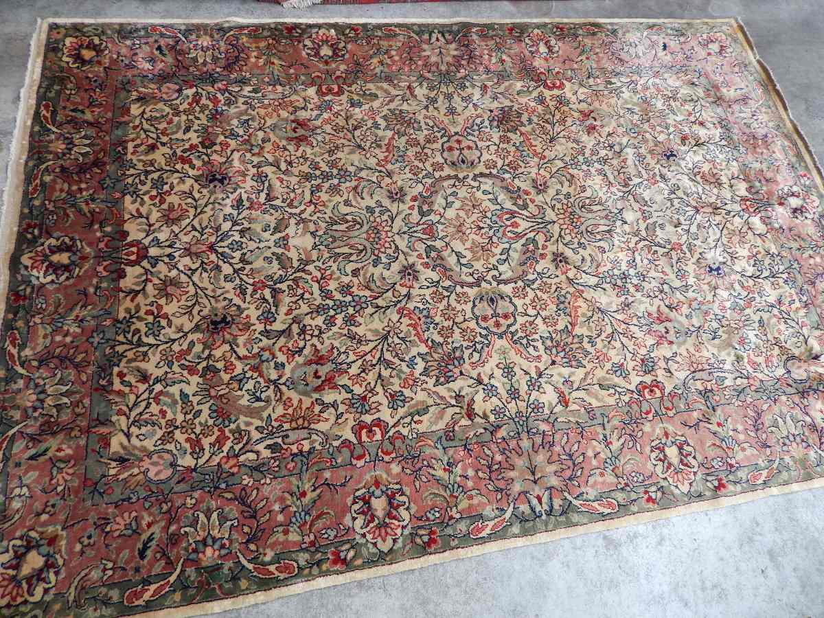 Alfombra hecha a mano amazing alfombra de algodn azul for Alfombras persas redondas