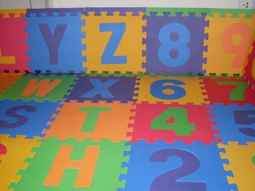 Alfombra Puzzle Goma Eva 31x31 Abecedario Completo Y Numeros - $ 21.990 en Mercado Libre