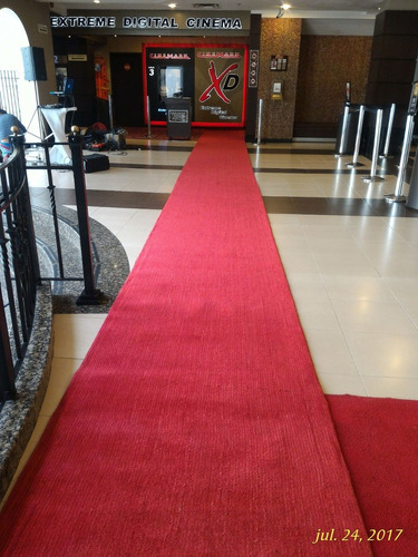 alfombra roja camino rojo, negro
