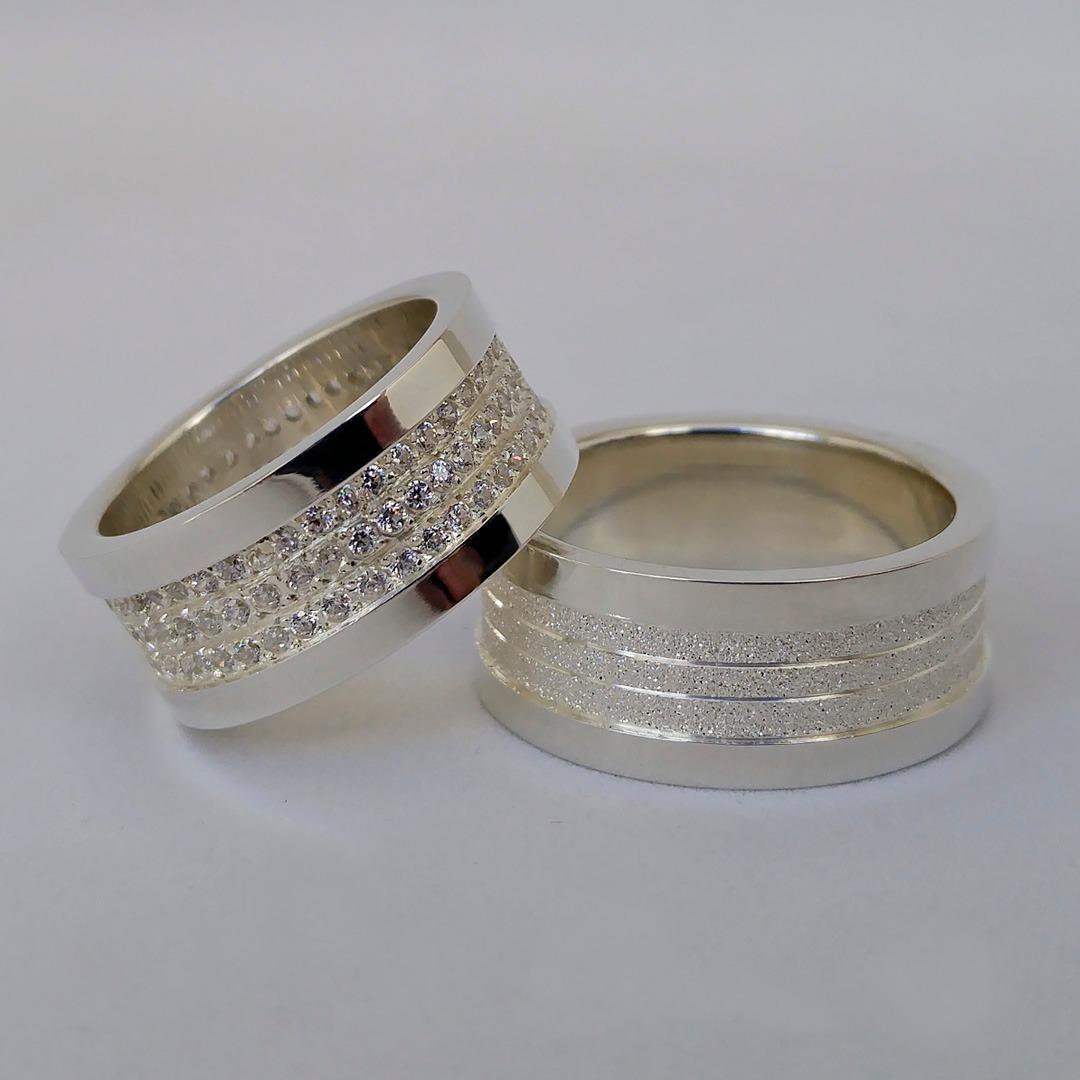 8386bb126a1 aliança de compromisso em prata 9mm luxo 140 pedras. Carregando zoom.