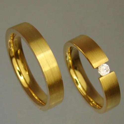 a9afdd112b324 Aliança De Ouro Casamento E Noivado São José Oliver Joias - R  2.670 ...