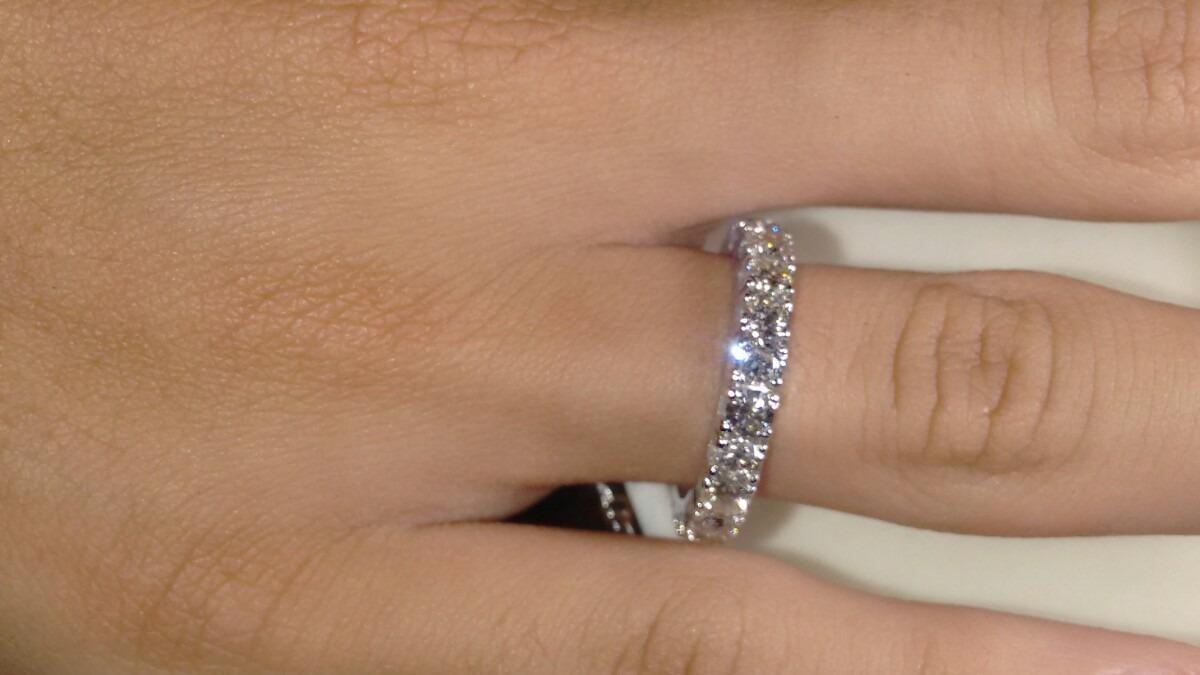 9c17c652e1e71 Aliança Inteira De Diamantes Em Ouro Branco 18k!! - R  10.953,75 em ...