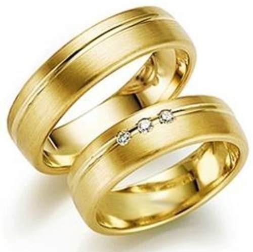 efae90038a833 Par De Aliança Ouro 18k 750 4mm 8gr 3 Brilhantes Casamento - R ...