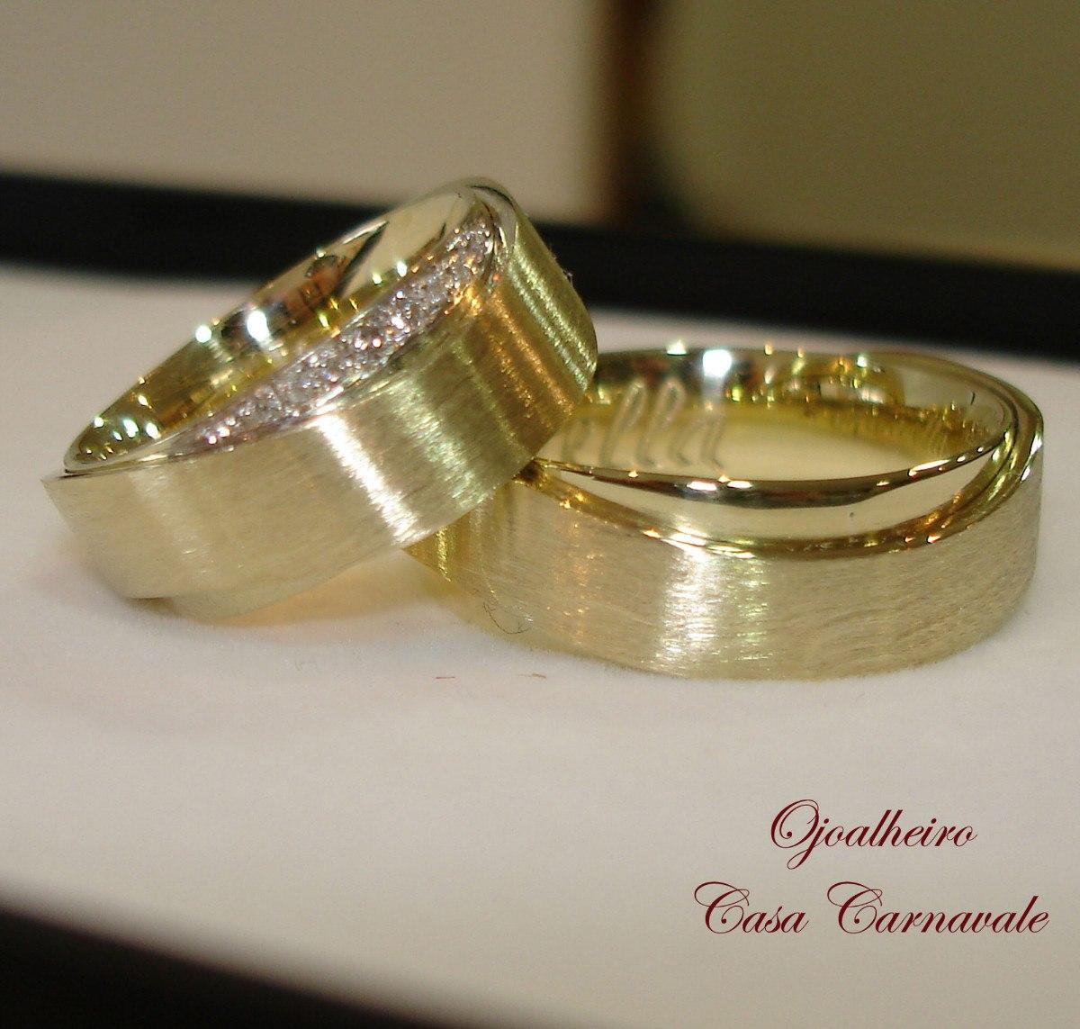 2420fe0097e Alianças Em Ouro Diamantes