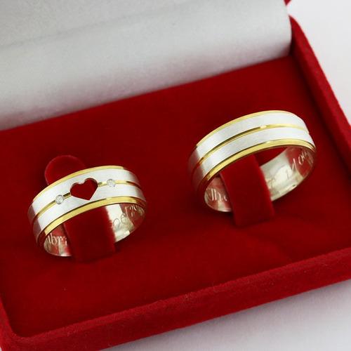 alianças namoro prata foscas aplique em ouro coração vazado