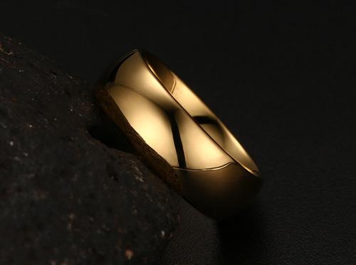 alianças tradicional  tungstênio 8mm folheada a ouro 18k par