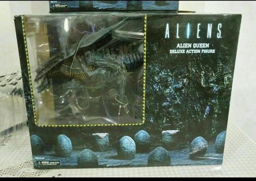 aliens neca queen deluxe action figure