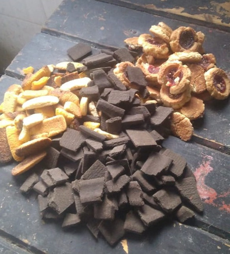 alimento para animales de granja (galletitas dulces frescas)