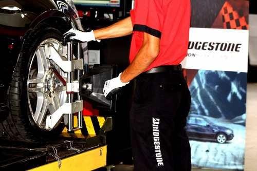 alineación 3 d +4 balanceos rotación auto tienda bridgestone